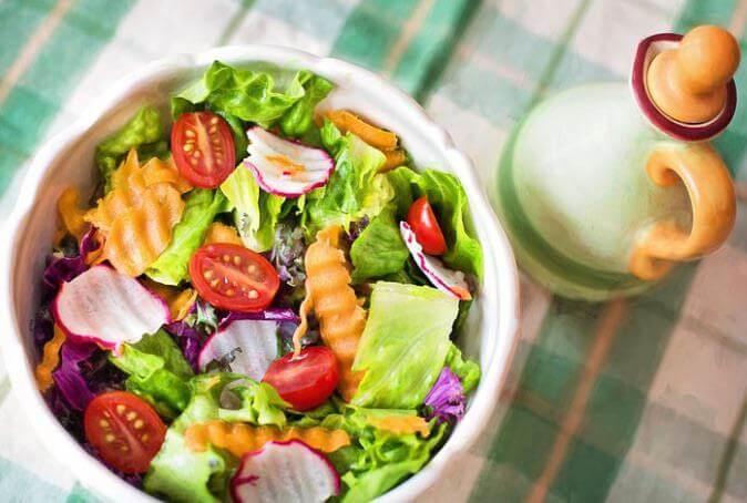 Salat aus Low Carb Gemüse
