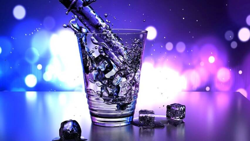 Sättigungskapseln nur mit ausreichend Wasser konsumieren