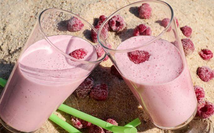 Rank und schlank mit Soja Protein Shakes