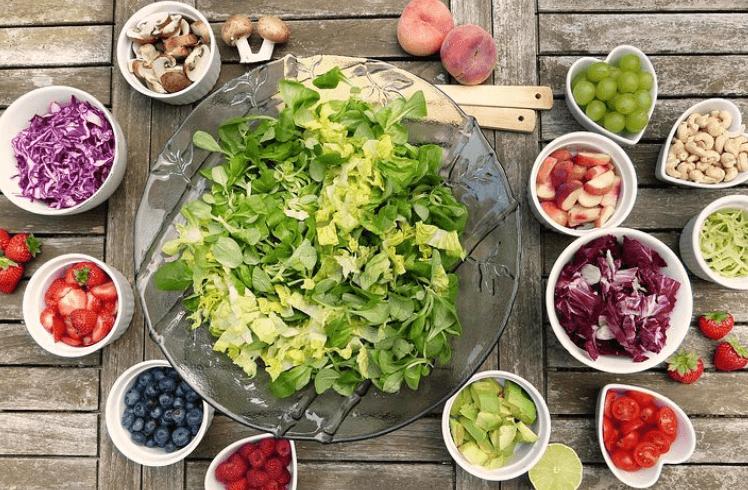 Gemüse und Obst als Fundament der Logi Diät