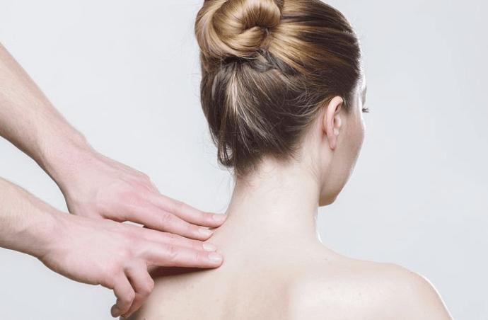 30 Tage Pilates-Challenge: Gut für Deinen Rücken